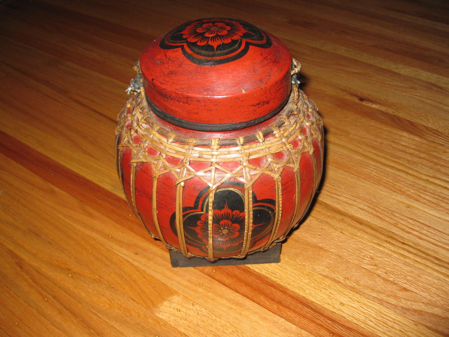 ANTIQUE THAILAND RICE Jar Pot Vessel Urn Red Container Made