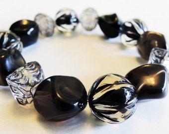 Black and Gray Elastic Bracelet - Black Acrylic Beads - Gray Acrylic Beads - Elastic Band - Halloween Bracelet - Goth Chic Bracelet