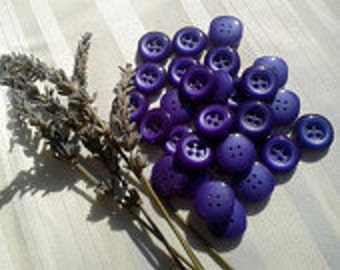 Lavender Purple Buttons Unused Gradient Purple Square Buttons  French Buttons Fashion Sewing Jewelry Assemblage