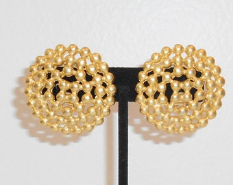 Vintage Round Bold Gold Tone Chunky Ornate Clip Earrings