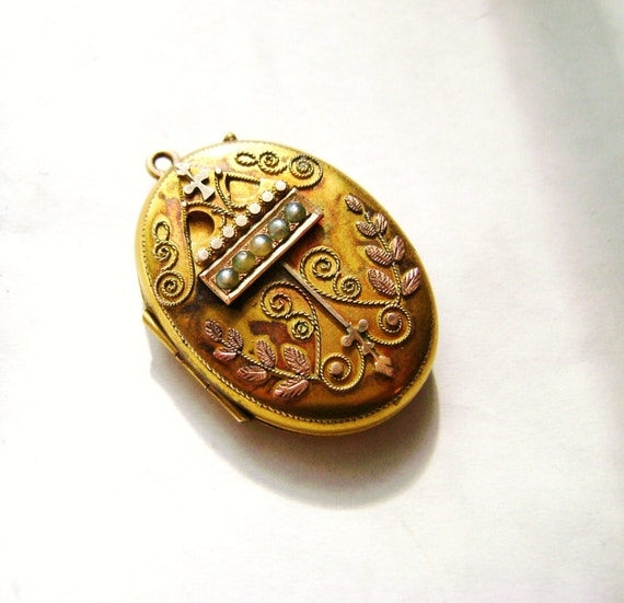 Victorian 14k Gold Locket