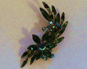 Beautiful Large Brooch Green  with Blue Aurora Borealis Sets
