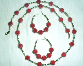 Red and Gold Faceted Necklace Set