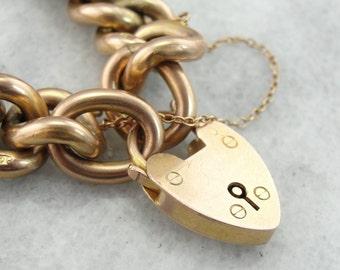Classic Victorian Padlock Bracelet in Fine Rose Gold, CQ3WAT-P