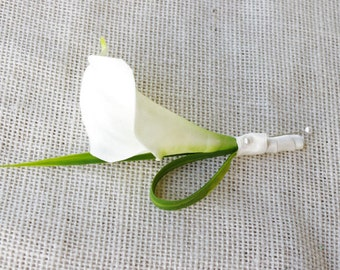 Silk Calla Lily Wedding Boutonniere  - Tropical Wedding Boutonniere - Your Choice of COLOR