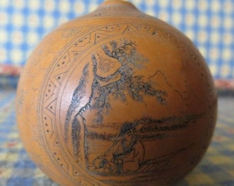 Unusual Rare Antique Chinese Scrimshaw Gourd with Absolutely Incredible Detail