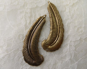 "Vintage gold plate brass stamped plume feathers,1&3/4"",2pcs-KC381"