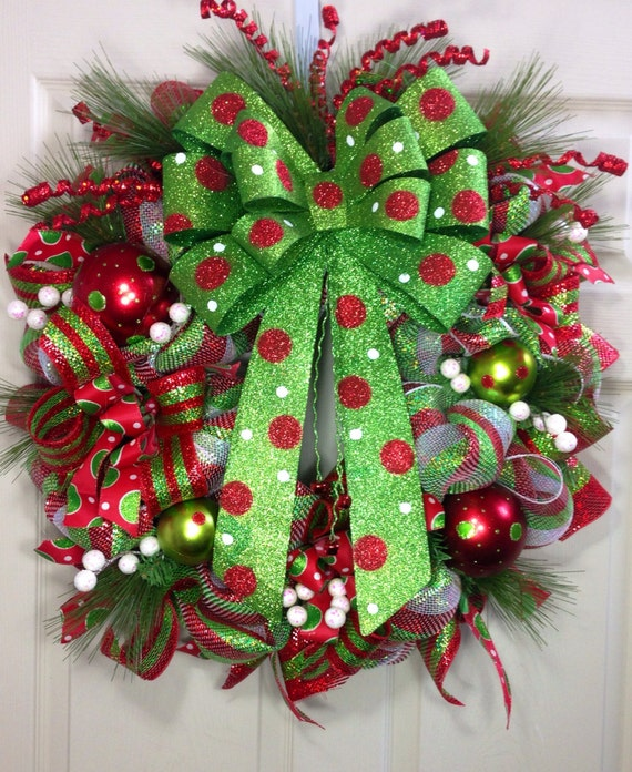 christmas wreaths made from picture frames