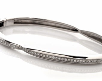 18K White Gold Bangle with 1 ct of Diamonds
