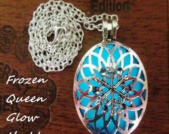 Frozen Queen Glow Necklace