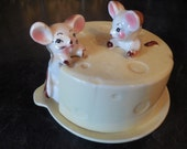 Adorable Covered Cheese Plate With Mice