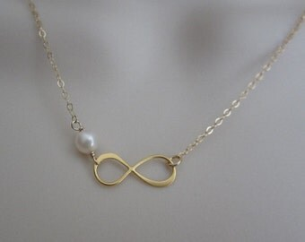 Infinity Necklace. Pearl Necklace. Gold Filled Jewelry. Gold Vermeil Infinity. Bridesmaid Necklace. Friendship Jewelry. Gift for Sisters