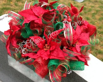 Christmas Cemetery Saddle, Christmas Cemetery Flowers, Cemetery Arrangement, Christmas Decorations, Christmas Memorial, Floral Arrangement