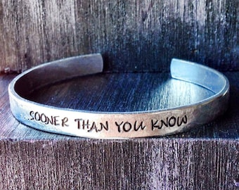 Engraved bracelet, Personalized Bracelet, Teacher, Cuff Bracelet, quote bracelet, teacher bracelet, teacher gift, Maestra 1/4""