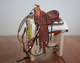 Western saddle & bridle set- traditional Breyer scale