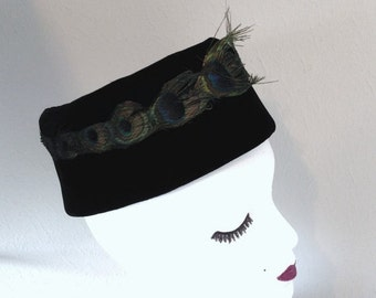 Vintage Pill Box Hat Black Peacock Feathers 1950s 1960s Mad Men Jackie O Retro Chic