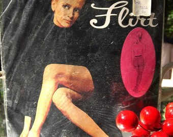 Vintage Retro Pantyhose Unopened Package