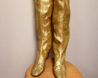 Just reducedGroovy 1960s  gold  lame ladies go-go boots