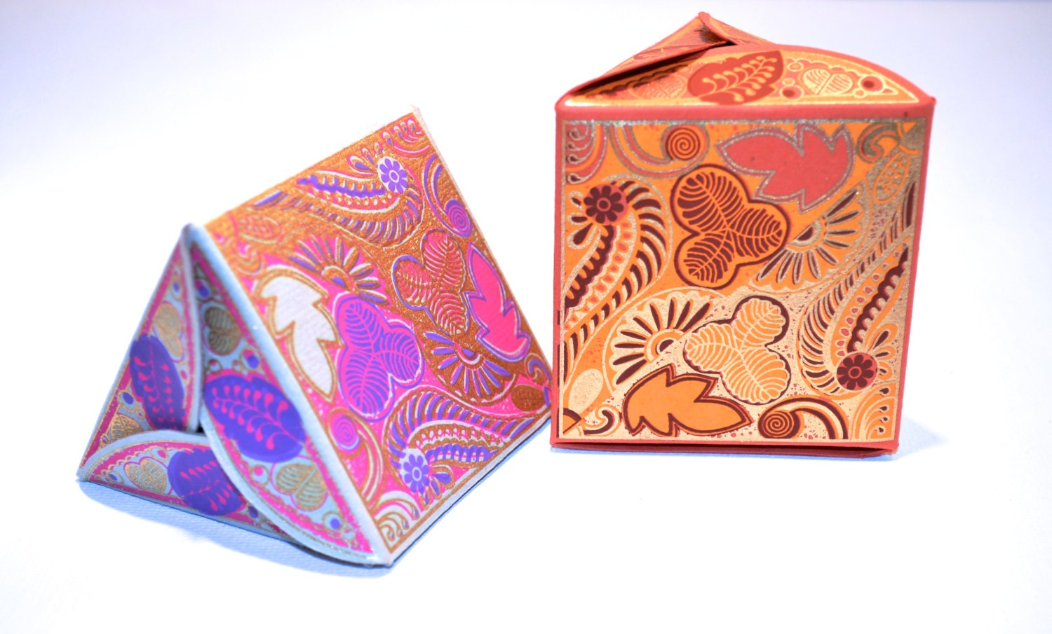 Favor Gift Boxes: 2 Small Triangular Gift Boxes Paper Box Favors By PenandFavor