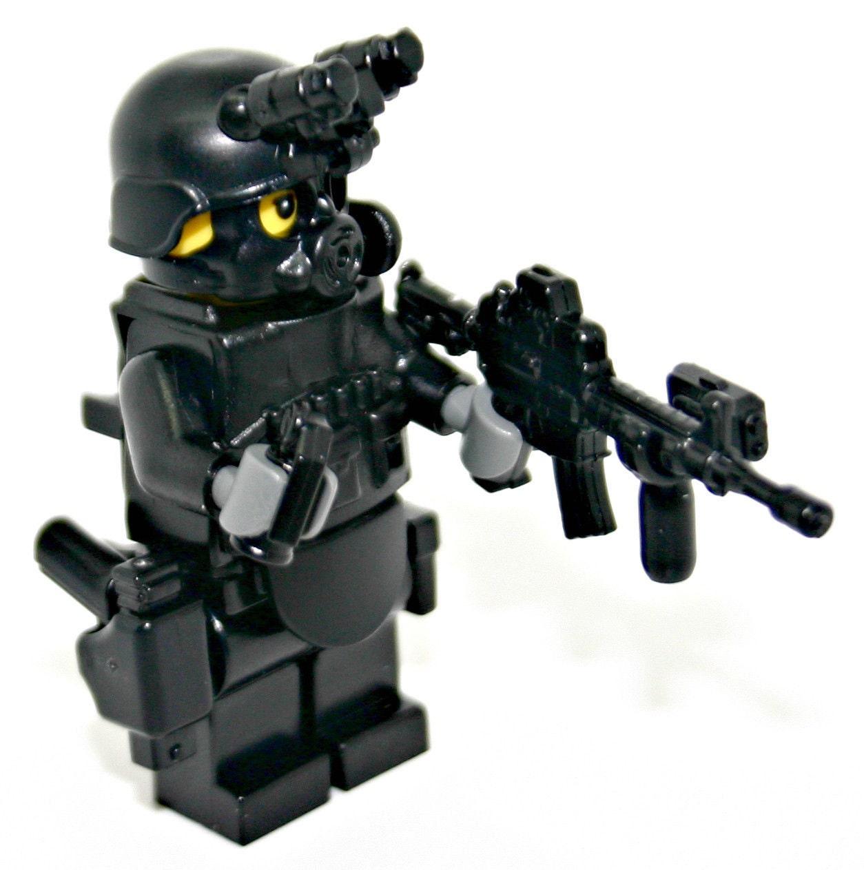 Lego Swat Photo1: Lego Custom Swat Police Officer Assault By ModernBrickWarfare