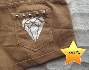 Light brown diamond print studded shorts
