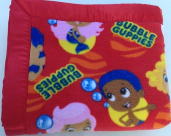 Nickelodeon Bubble Guppies Double-Sided Fleece Blanket