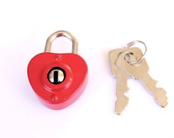 1 Small Red Heart Lock .heart shaped diary lock . heart padlock . vintage style diary lock