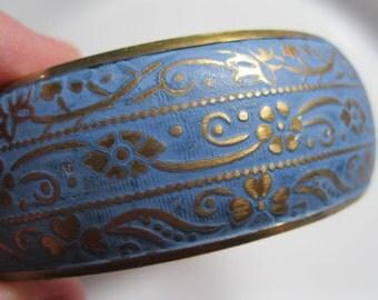 Bangle - blue and brass decorative bangle retro design