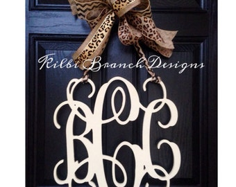 18 inch 3 letter wooden front door monogram with chevron bow 18x18