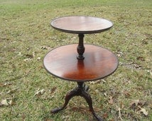 Vintage side table, end table,table.furniture, Two Tier Round Table, Claw Foot Table