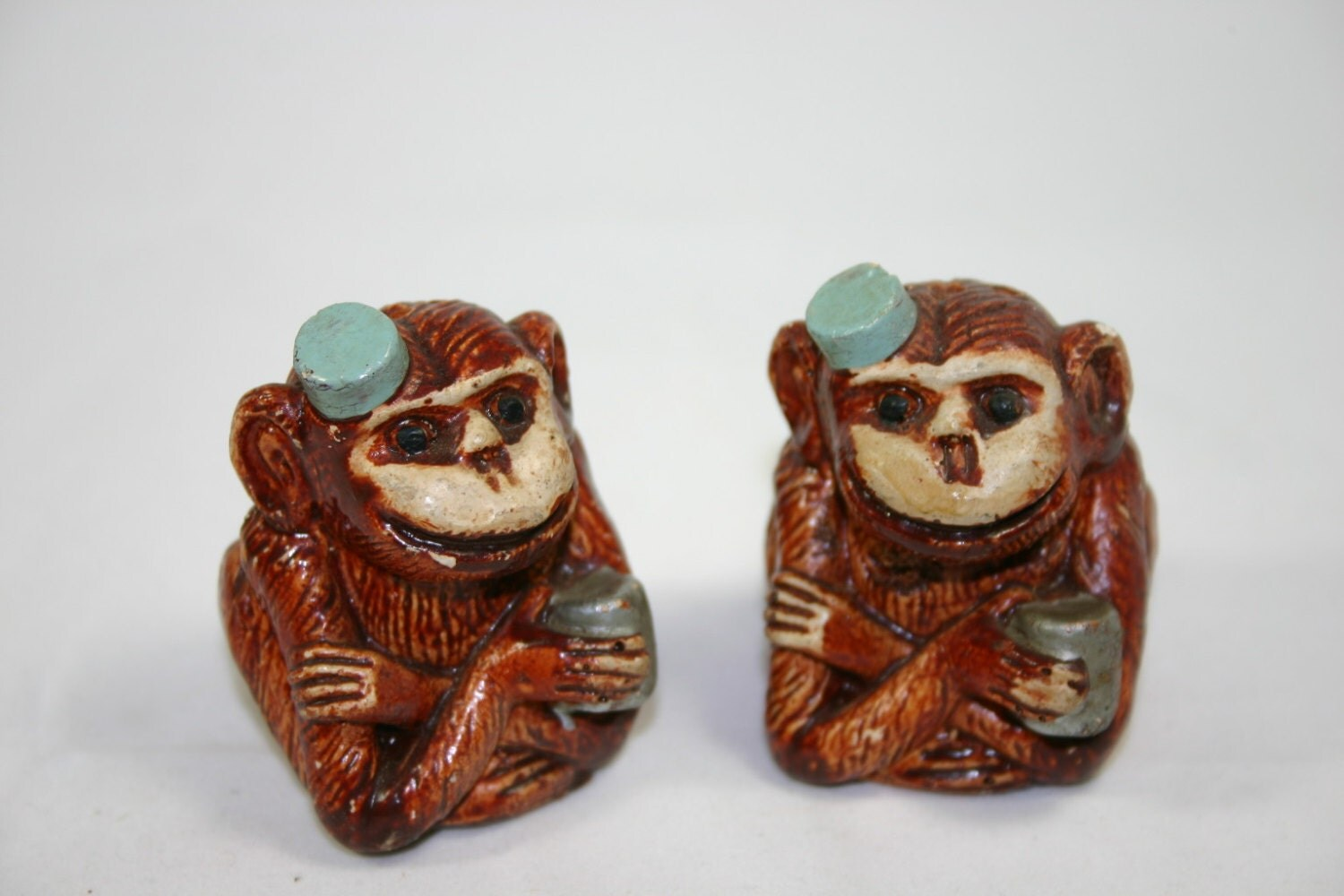 Vintage Salt And Pepper Shakers Unique Ceramic Organ Grinder