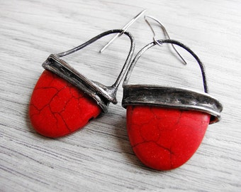 Red howlite vintage earrings  tiffany technique oxidized to old silver  romantic gift for her by GepArtJewellery.FREE SHIPPING!