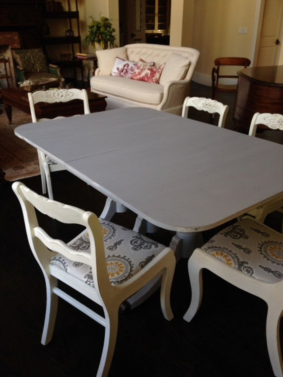 Items similar to Antique Duncan Phyfe Table and Six Chairs ...