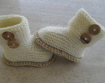Instant Download Knitting Pattern Baby Booties/Boots/Bootees - Quick and Easy - Makes Three Sizes
