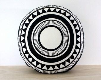 Santa Monica round cushion 47cm - Hand screen printed