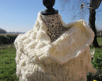 Knitted Capelet Wool White Handmade, Shoulder Warmer, One Size, Multi, Cowl, Tube Scarf,