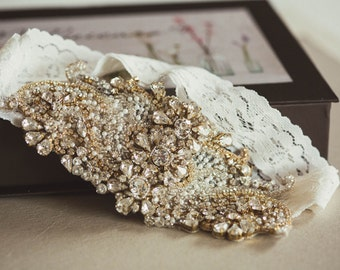 Gold wedding garters -  Style G07