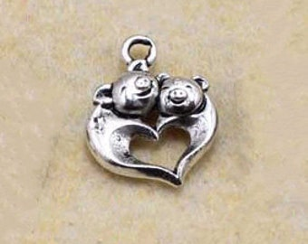 50 pcs of antique silver pig Charm Pendants two little pigs Charm Pendants happy pigs 15mm