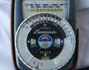 Gossen Lunasix Light Meter-original leather case with Lanyard (Germany West)