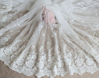 Romantic Wedding Lace Trim, Off White Floral Lace Fabric, Bridal Veils Lace, 16.53 Inches Wide Lace Trim