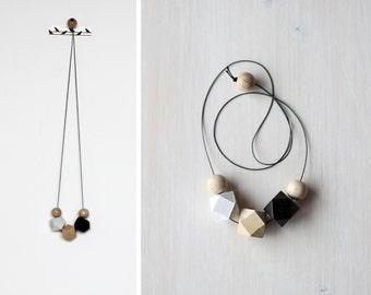 minimalist necklace in black, white and natural wood / wooden necklace / modern necklace / color block