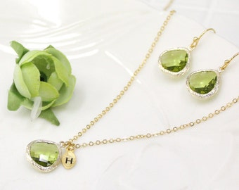 Bridesmaid gifts - Set of 4,5,6 -Peridot Crystal Pendant Necklace and Earrings,wedding,bridesmaid necklace,Maid of Honor Gift,christmas gift