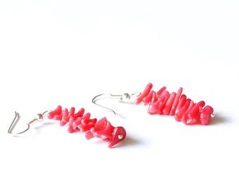 Red Coral Earrings, Red Earrings, Coral Beads Earrings, Mini Chips Earrings, Light Earrings, Bright Earrings, Summer Earrings,