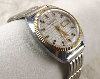 Vintage Kronotron Electra Mens Wind up Wrist Watch Date Stainless Stretch Band Runs E2439