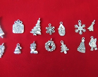 "30pc mixed ""Christmas"" charms in antique silver style (BC42)"