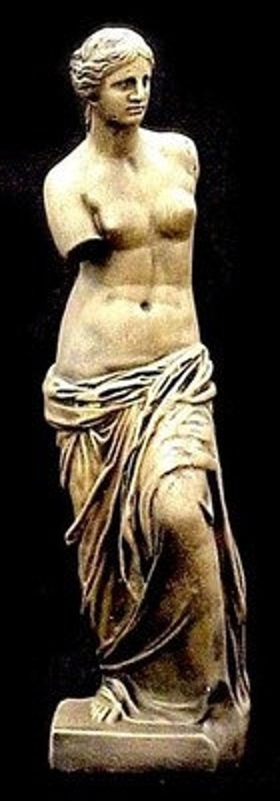 Venus de Milo Aphrodite Melos Sculpture Statue LOUVRE