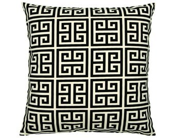 Pillowcase of Greek key pattern TOWERS 50 x 50 cm black natural