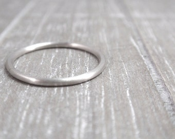 dainty ring silver, slim silver ring, delicate silver ring 1.5mm, silver engagement ring simple, minimalist ring light or dark silver