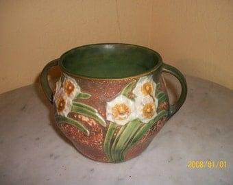 1931 Roseville Jonquil Pattern Vase