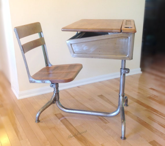 Wood Combo Chair: School Desk. Industrial Steel And Wood. Desk/chair Combo With